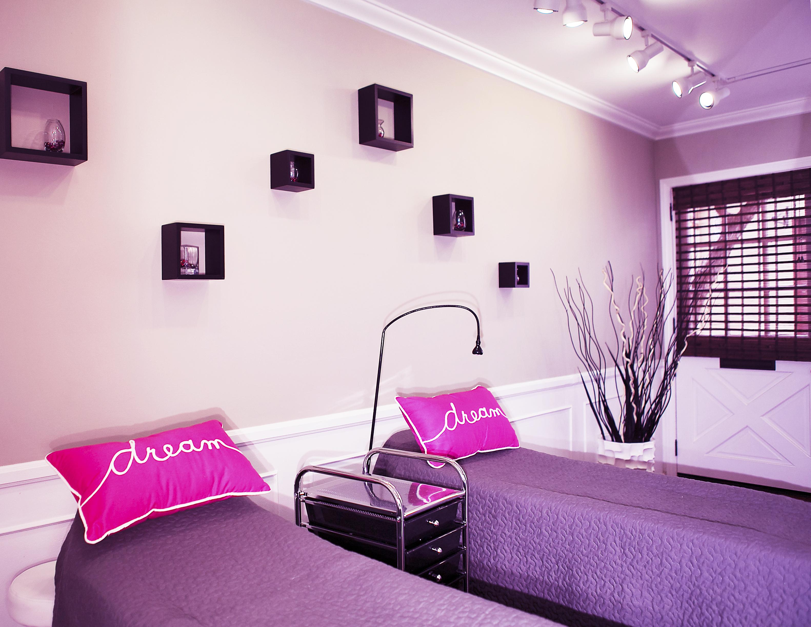 Beds.Pink